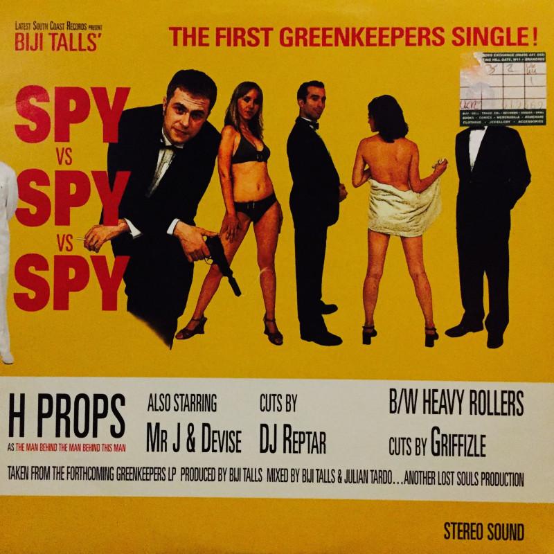 Greenkeepers - Spy vs spy vs spy