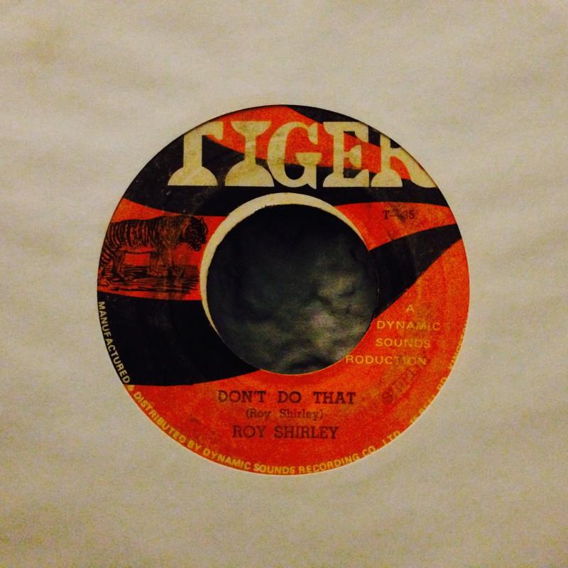 Roy Shirley / Lloyd GittsDon`t do that / Peace & Love (Version)